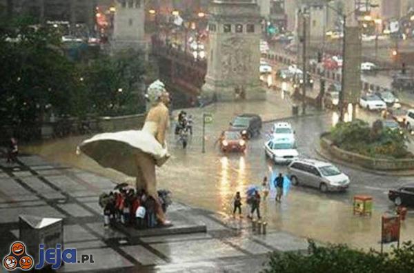W czasie deszczu...
