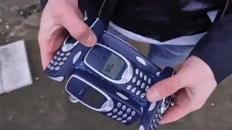 Jak sprawić, żeby smartfon był niezniszczalny