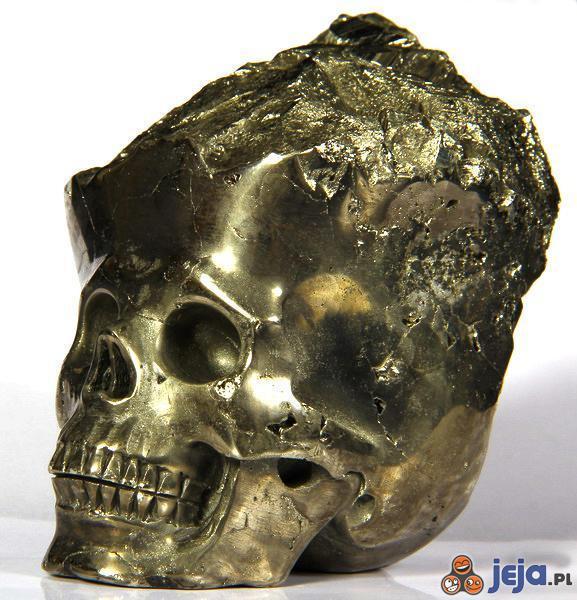 Pirytowa czaszka