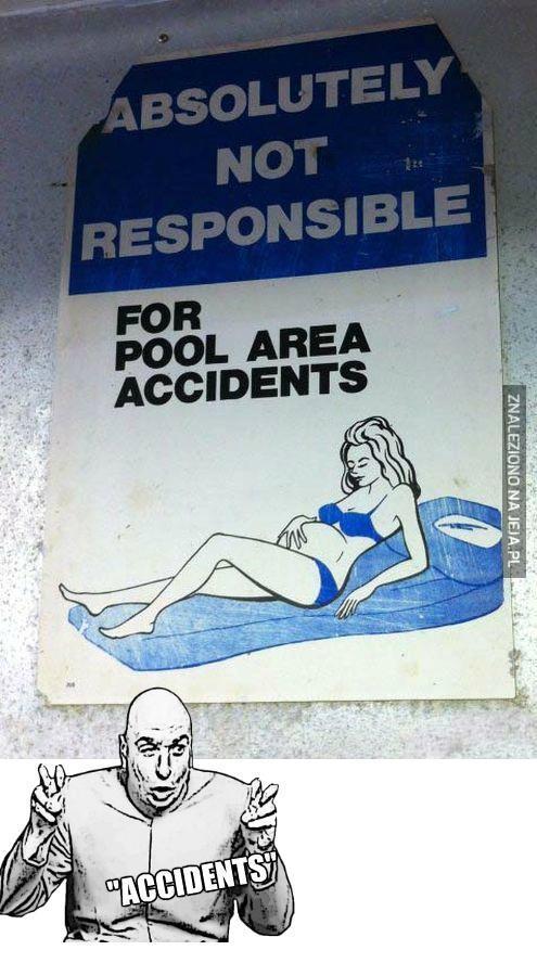 """""""Wypadki na basenie"""""""