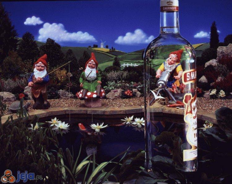Smirnoff - Krasnoludkom szkodzi wódka