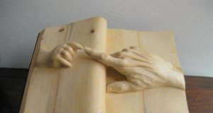 Książkowa rzeźba