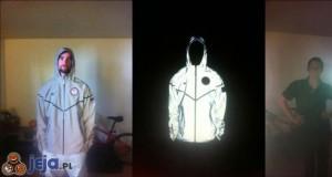 Ultraodblaskowa kurtka - każdy troll powinien ją mieć