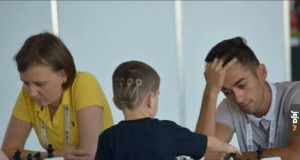 Dzieciak na olimpiadzie szachowej