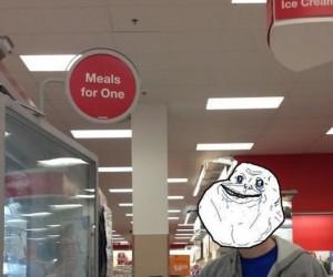 Forever alone w sklepie