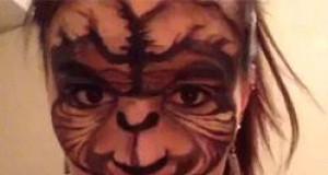 E.T. na twarzy