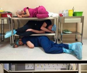 Jak sypia służba zdrowia