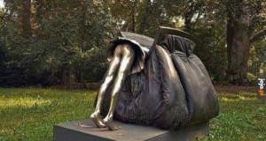 Kobiece torebki są jak wejście do Narnii