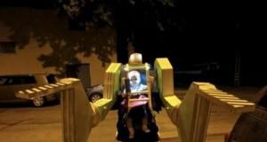 Ojciec + dziecko + kostium = ...