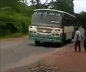 Kawał z autobusem