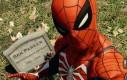 Wiedziałeś, że w nowym Spidermanie można zrobić selfie z wujkiem Benem?