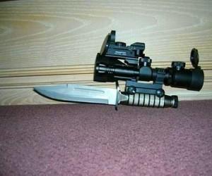 Nóż taktyczny