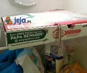 Bezpieczna pizza w studenckiej lodówce