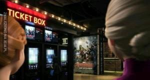 Bohaterowie filmów idą do kina