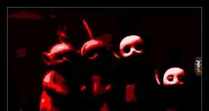 Teletubisie po dodaniu efektów w Gimpie wyglądają jak typowy obrazek z creepypasty