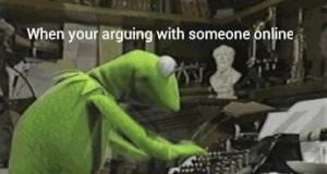 Dyskutowanie z kimś w sieci