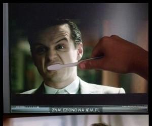 Umyję wam zęby, ludzie z telewizji!