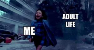 Uciekając przed dorosłym życiem