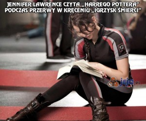 "Jennifer Lawrence czyta ""Harrego Pottera"""