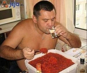 Kawior i wódka - zwykłe śniadanie w Rosji