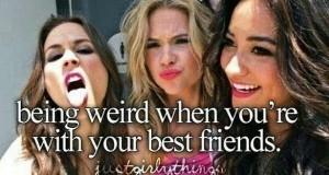 Zachowywać się dziwnie, kiedy jesteś z przyjaciółmi