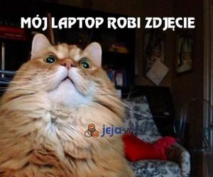 Mój laptop robi zdjęcie