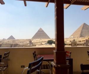 Widok z pizzerii w Egipcie