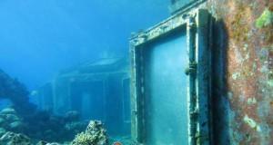 Podwodny, porzucony klub ze striptizem