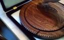 Drewniana miska z jednego kawałka drewna