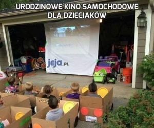 Urodzinowe kino samochodowe dla dzieciaków