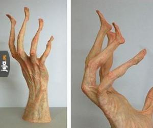 Bardzo dziwna rzeźba