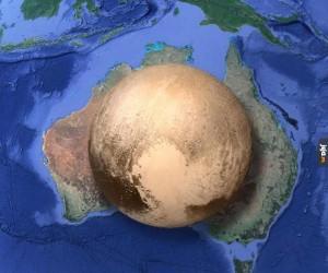 Pluton w porównaniu do Australii