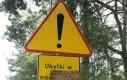 Uwaga! Dziury