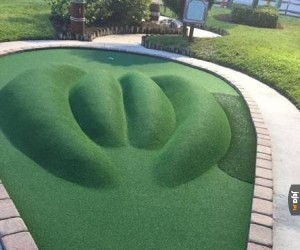 Takie tam, na polu golfowym ( ͡° ͜ʖ ͡°)