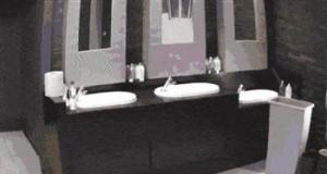 Świetny kawał w publicznej toalecie