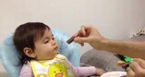 Oszukiwanie dziecka podczas jedzenia
