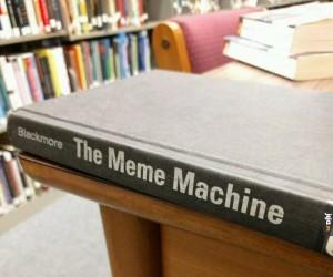Księga memów!