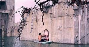 """Artysta, który maluje """"zanurzone w wodzie"""" kobiety"""