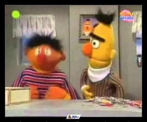 Wibracje, w które wpadł Ernie podczas ataku padaczki, wywołały u Berta dylemat