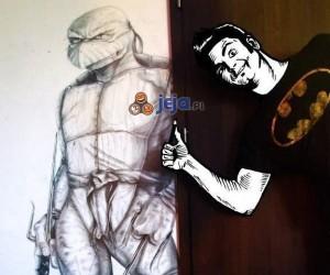Żółw Ninja na ścianie w skali 1:1