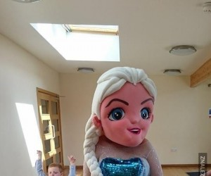 Elsa chyba ma uczulenie