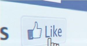 Co myślą naiwiniacy z Facebooka?