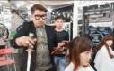 Miecz najlepszym narzędziem fryzjera