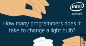 Ilu programistów potrzeba, by wymienić jedną żarówkę?