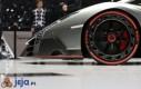 Lamborghini Veneno - alufelga z bliska