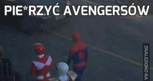 Pie*rzyć Avengersów