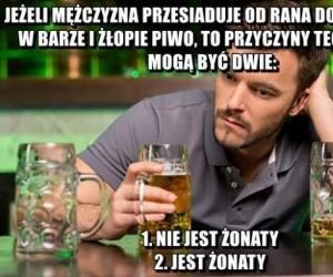 Mężczyzna w barze
