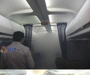 Co to za dym w samolocie?