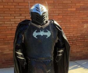 Średniowieczna zbroja Batmana