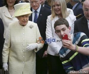 Samojebka z królową Anglii